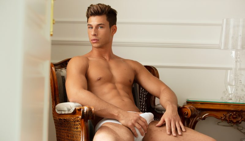 BelAmi : MODEL SPOTLIGHT: ZAC HAYNES